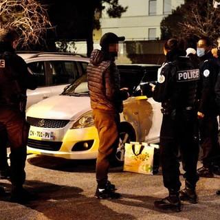 Dalla Francia: coprifuoco e controlli alle frontiere, le nuove misure annunciate ieri sera dal Primo Ministro Jean Castex