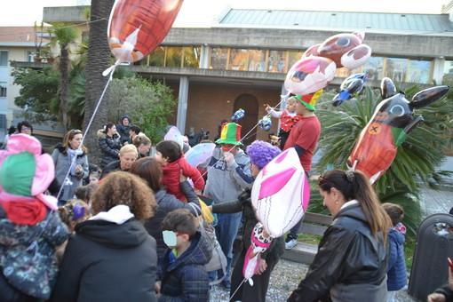 Sanremo: grande successo di partecipazione venerdì scorso per il Carnevale a Villa Mercede (Foto)