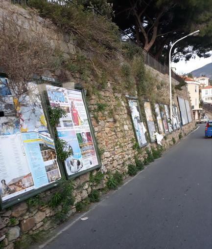 Sanremo: degrado e sterpaglie vicino alla Madonna della Costa, la richiesta di intervento (Foto)