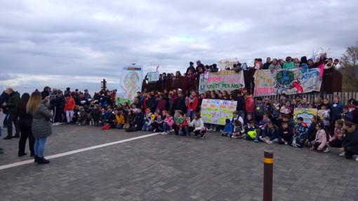 Vallecrosia: gli studenti hanno celebrato il trentennale della 'Dichiarazione ONU sui Diritti dell'Infanzia'