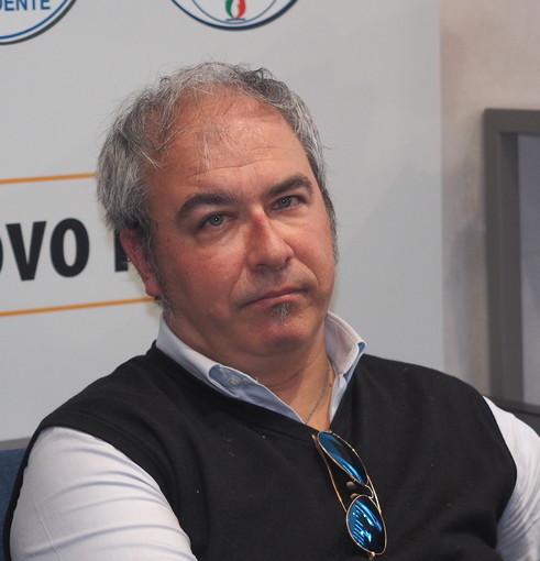 Sanremo: Emanuele Del Compare sceglie i social per comunicare la sua uscita da Forza Italia