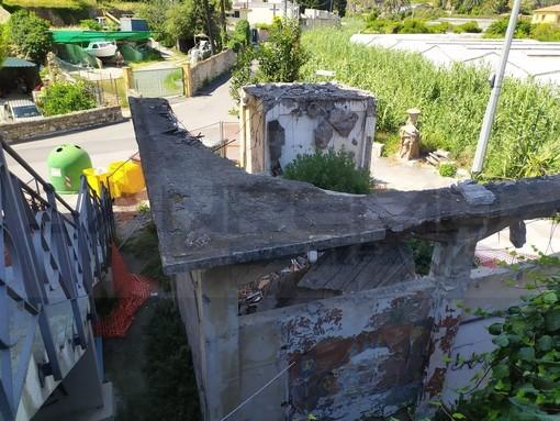 Bordighera: degrado e sporcizia nella zona dell'Arziglia, si leva la protesta di residenti e turisti (Foto)