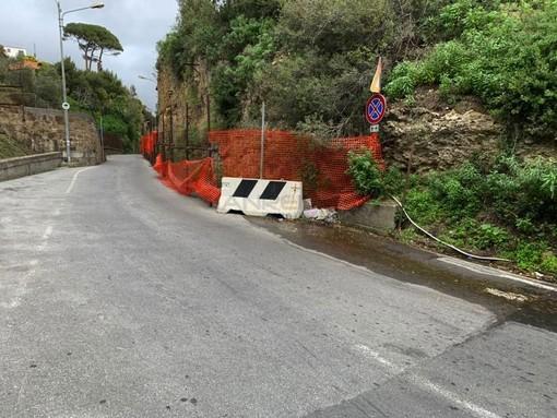 La perdita d'acqua in via San Giuseppe