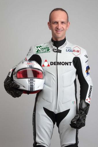 Gianni De Matteis con la nuova tuta 2011