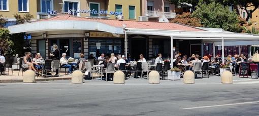 Sanremo: delibera 'Spazio aperto' per allargare i dehors, si valuta un possibile prolungamento a ottobre ma c'è il nodo dei parcheggi