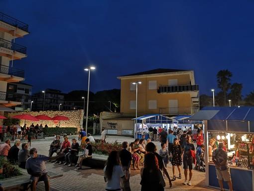 """San Bartolomeo al Mare: """"E' ancora estate"""", questa sera Paolo Bianco e Simone Molardi"""
