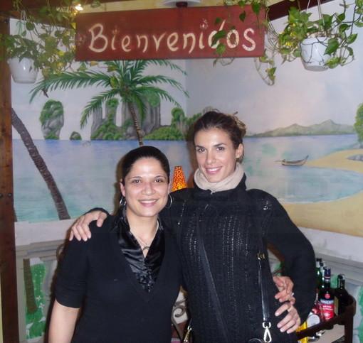 Elisabetta Canalis lunedì sera al 'Big Ben' e ieri al ristorante 'Buena Vista'
