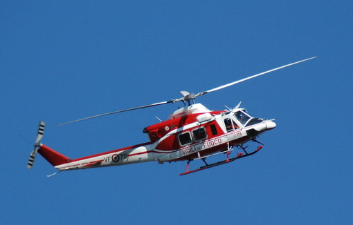 Pigna: donna cade su un sentiero sopra Buggio, si alza in volo l'elicottero per il recupero