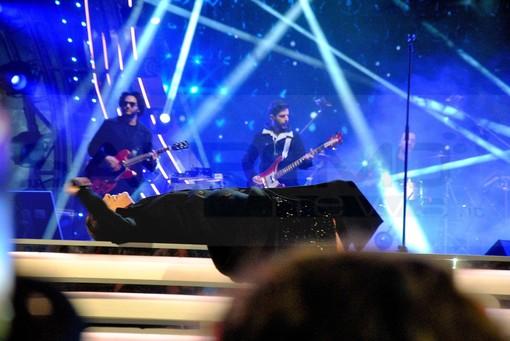 Ventimiglia: stop alla musica a mezzanotte sul lungomare e divieti sulla somministrazione, polemica tra i commercianti