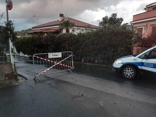 Sanremo, divieto di transito per i veicoli e i pedoni lungo la strada per Bussana Vecchia