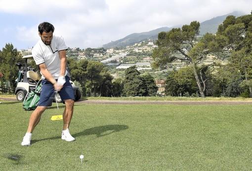 Sanremo: Fabio Fognini dalla racchetta da tennis alla mazza da golf. Il famoso tennista ha partecipato al Rolex Golf 2019