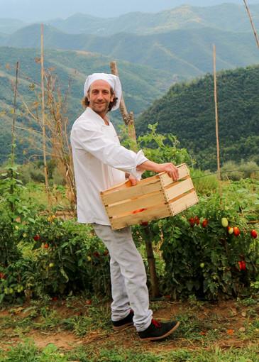 """Federico Lanteri lo chef contadino: """"Ho scelto di lasciare la costa per andare a Pigna in val Nervia"""""""