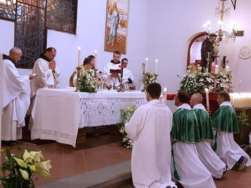 Bordighera: ieri sera la Santa Messa a conclusione dei festeggiamenti di Sant'Antonio (Foto)