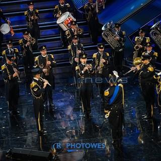La banda della Marina Militare sul palco dell'Ariston