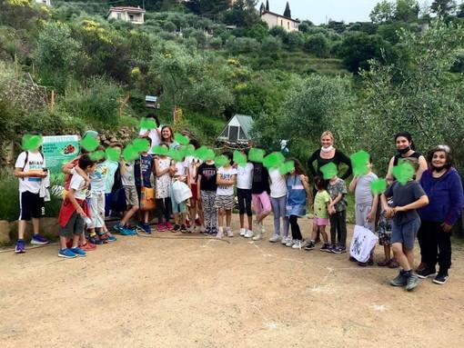 Seborga: pomeriggio alla fattoria didattica per i bambini della località e della scuola 'Steineriana' (Foto)