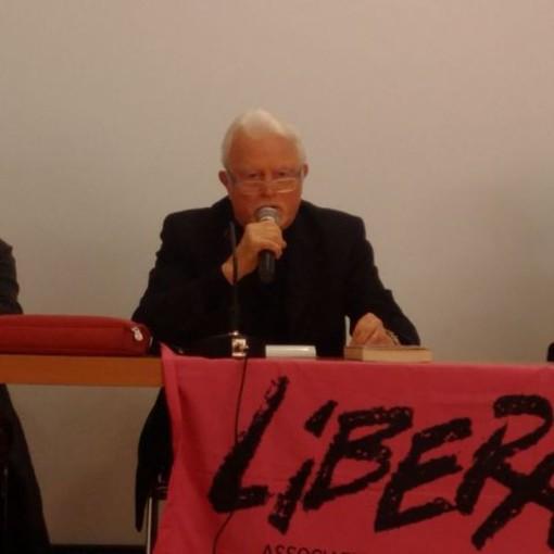 Camporosso: grande successo per l'incontro tra gli studenti e il giudice Giancarlo Caselli al Palabigauda