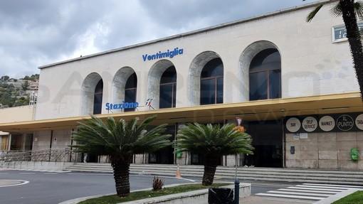 Ventimiglia: nigeriano positivo fermato in stazione, era fuggito da un Covid hotel di Parma