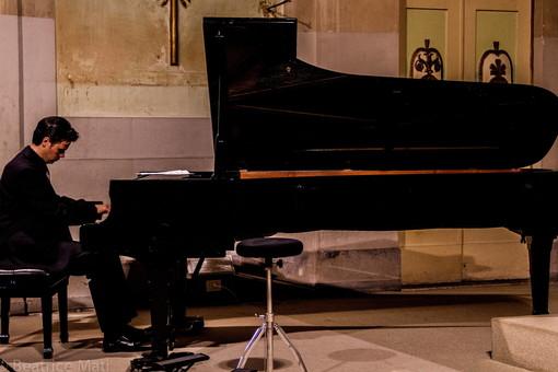 Arma di Taggia: questa sera a Villa Boselli concerto di improvvisazioni pianistiche del M° Giorgio Revelli