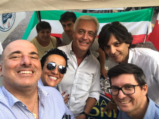 Sanremo: gazebo di FdI per dire no all'attuale governo, la soddisfazione del segretario Gandolfi