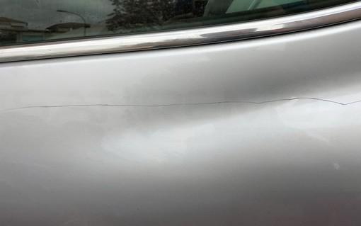 Ventimiglia: auto graffiate con una chiave, lettore chiede maggiori controlli anche la notte