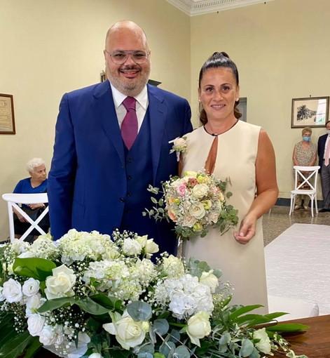 Riva Ligure: il Sindaco Giorgio Giuffra è convolato a nozze ieri con Stefania Ghu, il 'si' in Coune