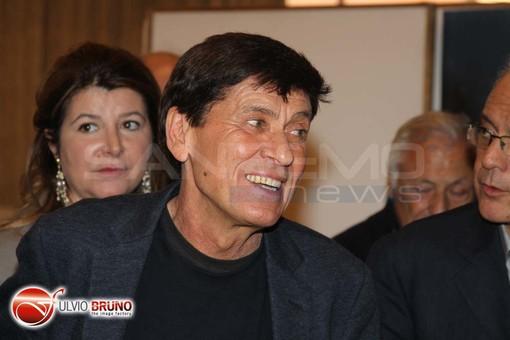Presunta truffa per partecipare al Festival di Sanremo: Gianni Morandi ascoltato come teste per un processo a Cosenza