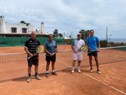 Con una brillante affermazione nella partita conclusiva, il Tennis Club Solaro è Campione Regionale Over 50 Libero (foto)