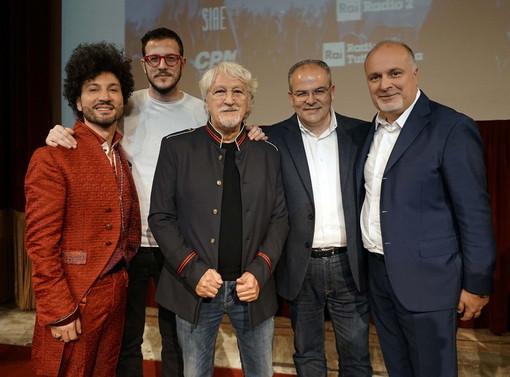"""Michele Affidato realizza i premi per """"Area Sanremo"""": due degli otto  finalisti accederanno al prossimo Festival della Canzone Italiana"""