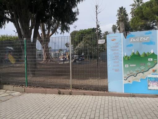Sanremo: aiuole secche ai giardini del Sud-Est, la causa gli atti vandalici ai danni di 50 irrigatori (Foto)