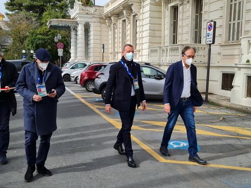 """Sanremo: Amadeus conferma """"Una manifestazione quest'estate per la 'ripartenza' della città"""", la soddisfazione delle categorie"""