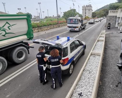 Sanremo, scontro tra una moto e una bici: uomo trasportato in codice rosso in ospedale (Foto)