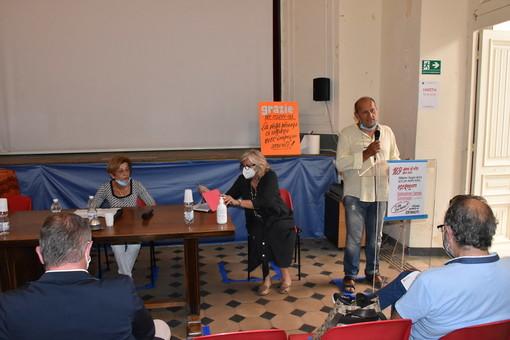 Sanremo: primo incontro del 'Gruppo di Cultura Politica' alla Federazione Operaia, si parla di Covid-19 (Foto e Video)