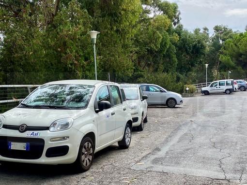 I mezzi di Asl1 a 'Casa Serena'