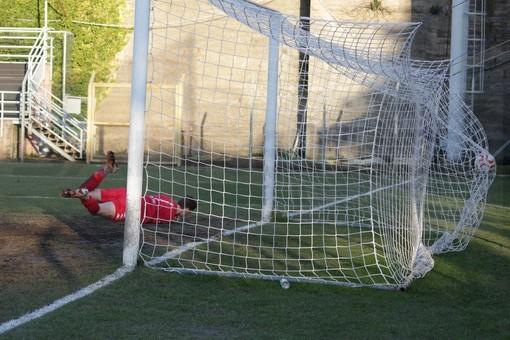 Calcio. Imperia-Sanremese: né vincitori né vinti, il derby ponentino finisce 1-1 (Fotogallery e interviste)