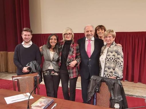 Sanremo: grande successo per l'inaugurazione dell'anno accademico dell'Unitre con Antonio Caprarica (Foto)