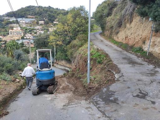 Ventimiglia: Amministrazione comunale e volontariato insieme per migliorare la viabilità di San Secondo (Foto)