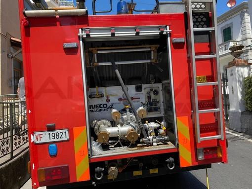 Sanremo: cane cade in un dirupo nella zona di San Pietro, intervento dei Vigili del Fuoco