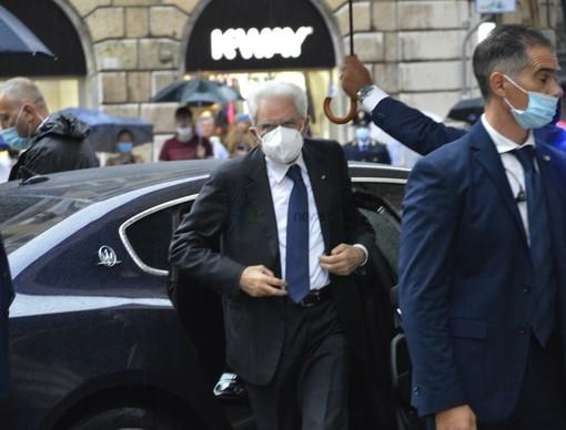 L'arrivo del Presidente Sergio Mattarella in Prefettura a Genova