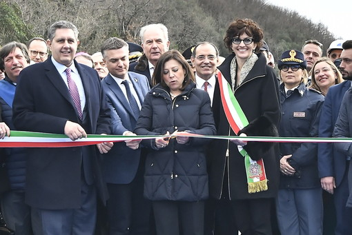 """Il ministro De Micheli inaugura il nuovo viadotto """"Madonna del Monte"""" sulla A6 Savona-Torino (Foto e Video)"""