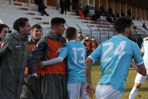 Calcio: domani pomeriggio al 'Comunale' il derby di Serie D tra la Sanremese e il Vado, i convocati biancoazzurr