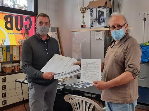 Consegnate 640 firme di solidarietà al personale sanitario che non si vuole vaccinare. Le tesi illustrate dai promotori a '2 ciapetti con Federico'