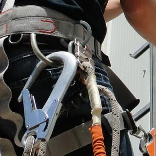 Iscrizioni aperte al nuovo corso di aggiornamento per 'Lavori in quota con funi' organizzato dalla Confartigianato