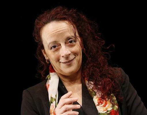 San Lorenzo al Mare: grande successo sabato scorso per Laura Curino al 'Teatro dell'Albero