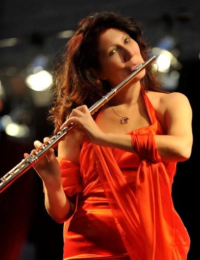 La flautista Luisa Sello al teatro dell'Opera del Casinò