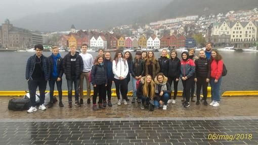 Imperia: i ragazzi della 2a A del Liceo Linguistico 'Amoretti' in Norvegia per il progetto 'Erasmus' (Foto)