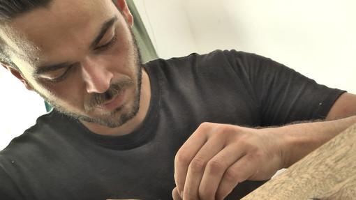 Dal legno al suono: l'antica arte della liuteria di David Ferrarese