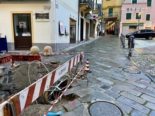 I lavori per portare la fibra anche nel cuore di Sanremo