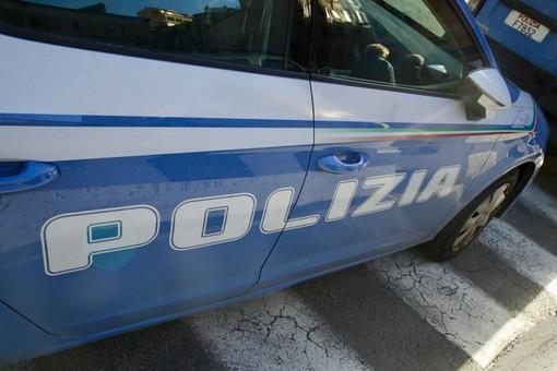 Sanremo: minacce da un 22enne tunisino vicino ad un ristorante del centro, arrestato dalla Polizia