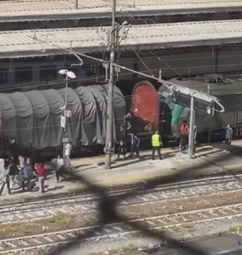 """Ventimiglia: migranti scendono da un treno merci, Di Muro """"Accade regolarmente, la città è stufa"""""""