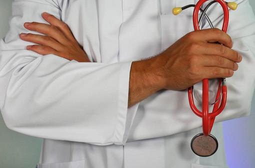 """Sanità, l'appello del Pd a Toti: """"Riaprire le visite no covid. Nel 2020 -30% dell'offerta erogata"""""""